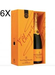 (3 BOTTLES) Veuve Clicquot - Cuvee Saint Petersbourg - Champagne AOC - Coffret - 75cl